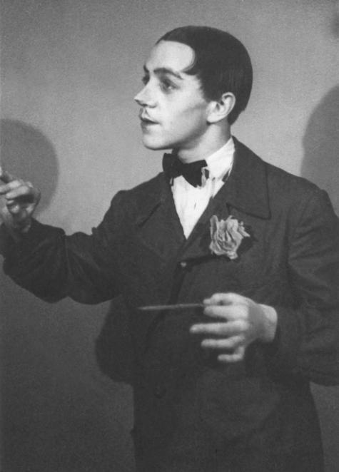 Первая роль Михаила Ульянова в омской театральной студии. 1945 год. Почти не узнать!