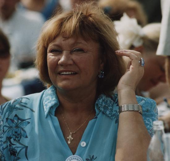 Секси Клариса Клэйтон – Молокососы (2007)