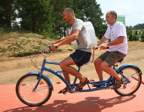 Когда велосипед связан с политикой 495_14502
