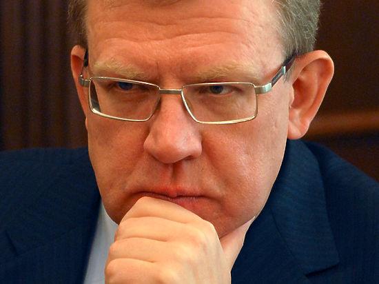 Эксперты прокомментировали спор Кудрина с Путиным