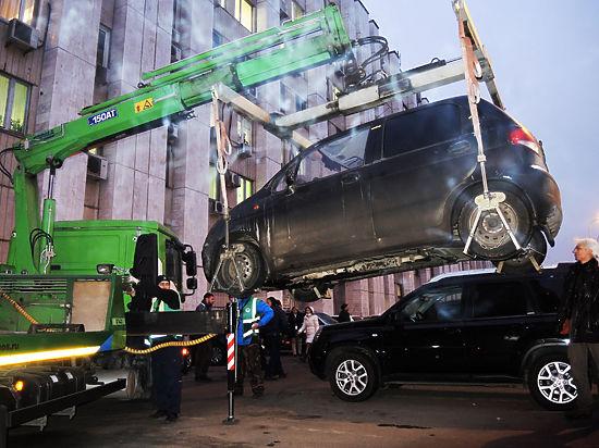 Прокуратура установила: штрафы водителям, не оплатившим парковку в Москве, незаконны