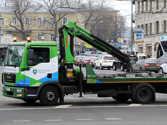Запрет на эвакуацию автомобилей, не мешающих движению, не пройдет