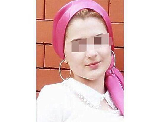Чечня Страшное видео Казнь Пленному режут голову
