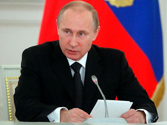 Песков: СМИ устроили Путину допрос о крышевании им криминального бизнеса