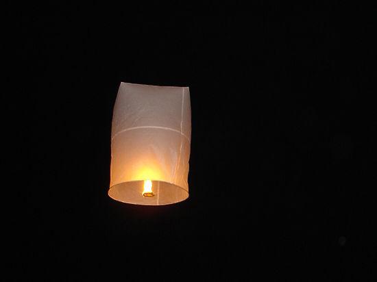 Небесные фонарики запретят