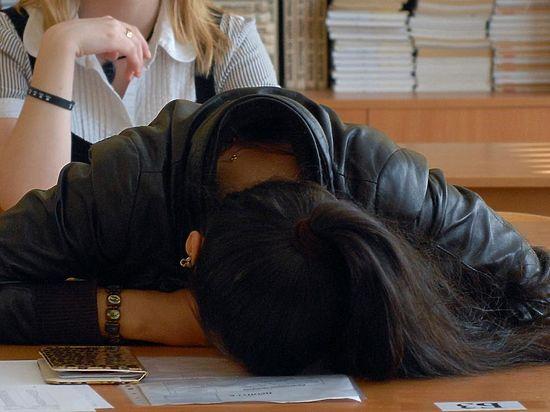Волгоградская школьница покончила с собой после двойки на ГИА