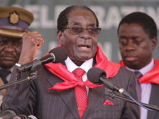 Президент Зимбабве предложил Обаме свою руку
