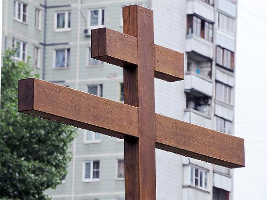 Социологи: Россияне недовольны «воцерковлением» парков и скверов