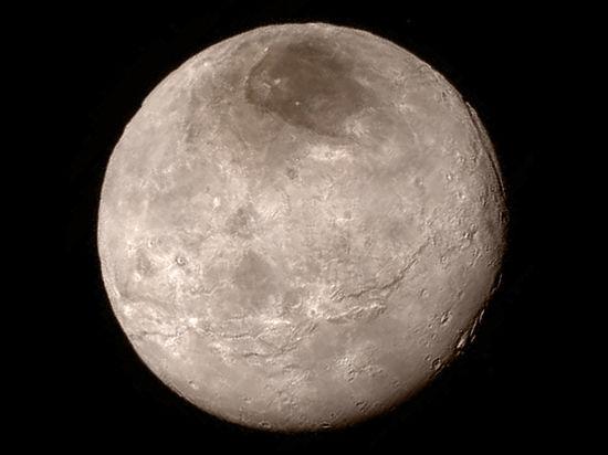 New Horizons обнаружил горы Плутона и «Мордор» Харона