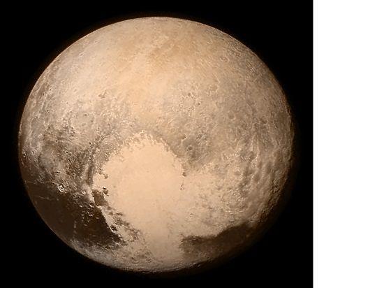 На Плутоне обнаружен хребет и он больше чем думали ученые