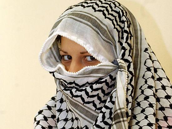 В Чечне девушки «разводили» вербовщиков ИГИЛ на деньги