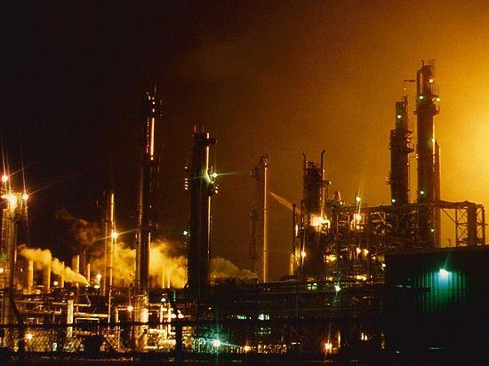 Дешевая нефть губит США