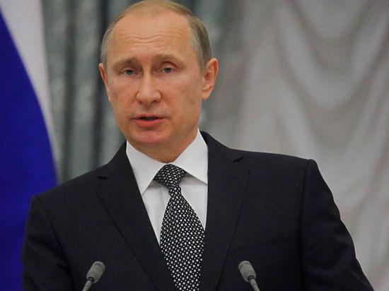 Спастись от диверсантов: Путин в Крыму использует пуленепробиваемый катер