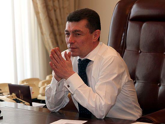 Минтруд предлагает повысить пенсию народным депутатам до 200 тысяч рублей