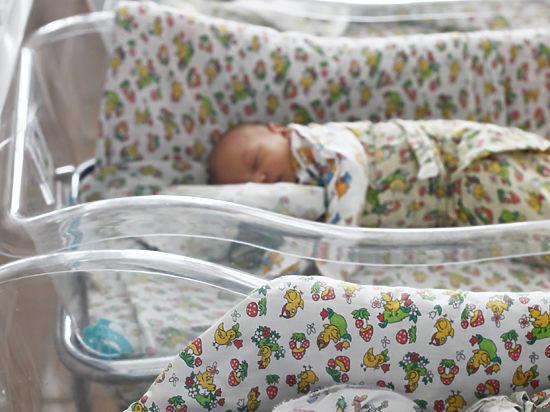 В Подмосковье врачи спасли новорожденного, у которого началась «ломка»