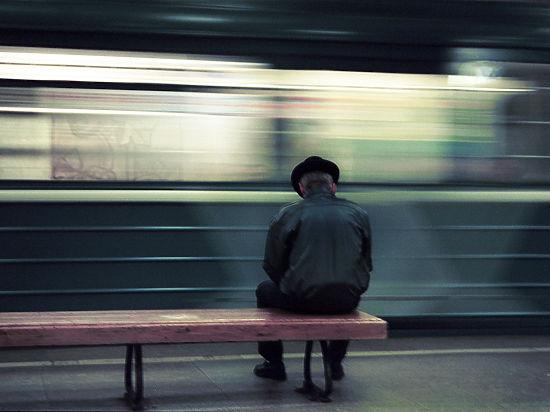 Секс в переполненном вагоне метро поздно ночью фото 706-982