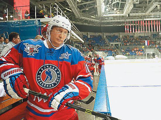 Хоккеистам не дали сыграть с Путиным по-настоящему