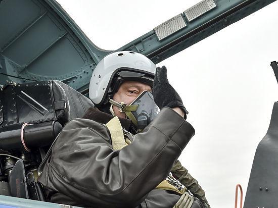 Порошенко прибыл в Харьков, откуда вылетит к военнослужащим на Луганщину, - Цеголко - Цензор.НЕТ 7329