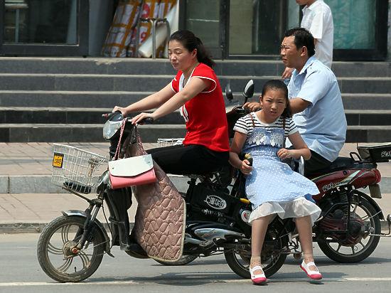 Партия разрешила китайцам рожать в два раза больше