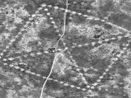 Астронавты МКС увидели в казахских степях древнюю свастику