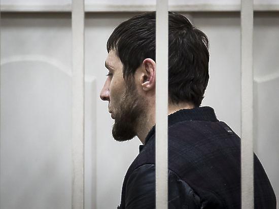 Адвокат обвинил следователей дела Немцова в давлении на родственников подсудимых