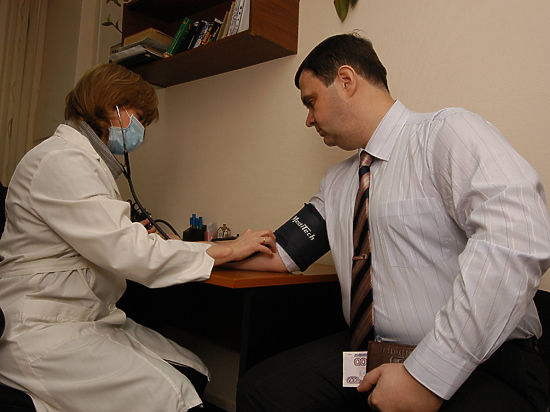 Власти предложили не выдавать медицинские полисы без похождения диспансеризации