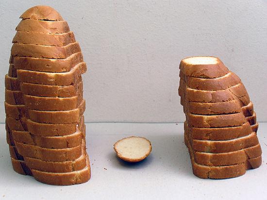 Охранник украл 5 тонн хлеба у женщин-заключенных СИЗО