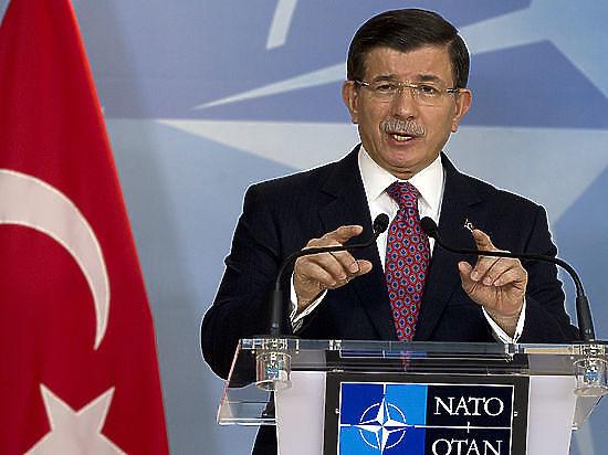 Премьер-министр Турции пригрозил ввести ответные санкции против России