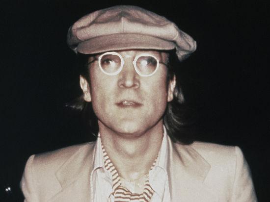 Джон Леннон против «торговцев смертью»