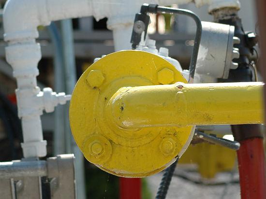 Американский Минфин: нефть у ИГИЛ покупают режим Асада и Турция