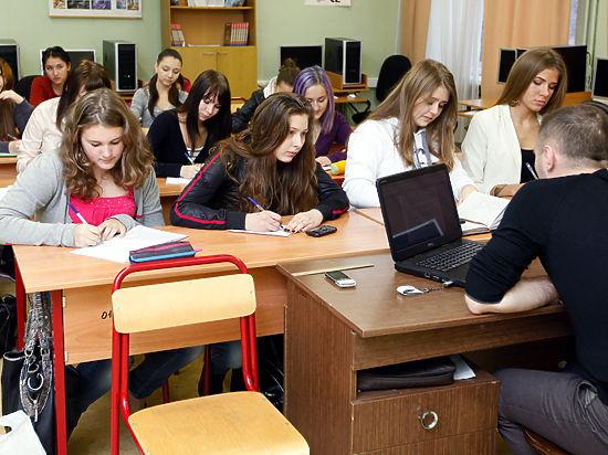 Дизайнеры предложили присвоить каждой московской школе свой бренд