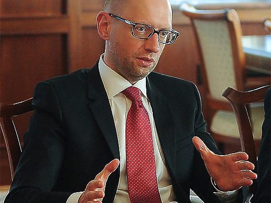 Яценюк пообещал отомстить России за закрытие зоны свободной торговли