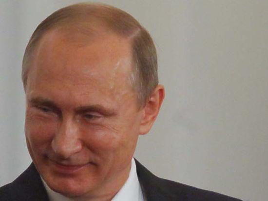 Путин бодро и тонусно запах еловыми шишками