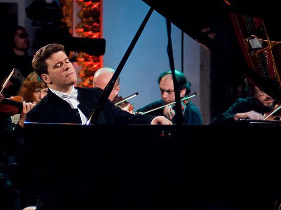 Денис Мацуев поздравил читателей «МК» и предсказал возрождение классической музыки
