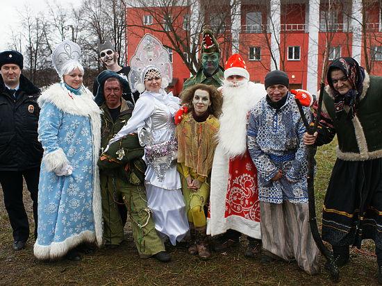 Участковые ЮАО стали богатырями на новогодние праздники