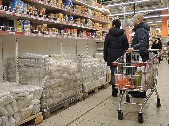 Россия и Украина начали год обезьяны с взаимных санкций