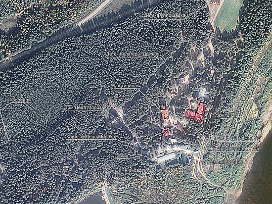 Резиденцию Деда Мороза сфотографировали из космоса