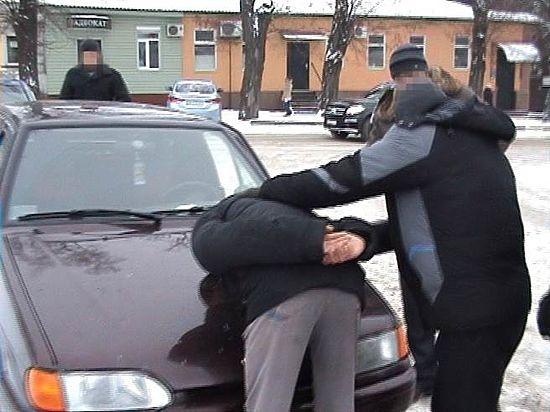 Контрактник пытался продать боевые трофеи с Донбасса украинским криминальным авторитетам
