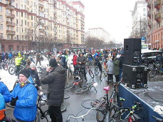 На велопарад приехали даже из Воронежа, чудом успев до снегопада