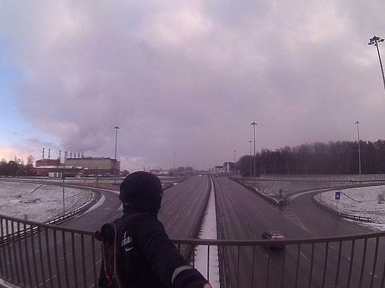 Москвич 1 января совершил марафонский забег по МКАД