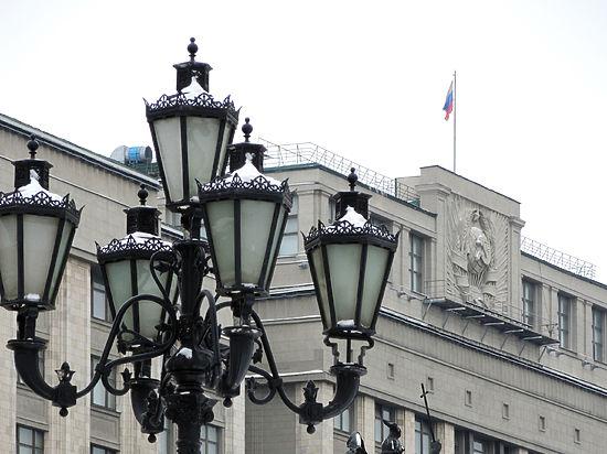 «Смотрящий» по Думе накажет депутатов за разговоры не по теме
