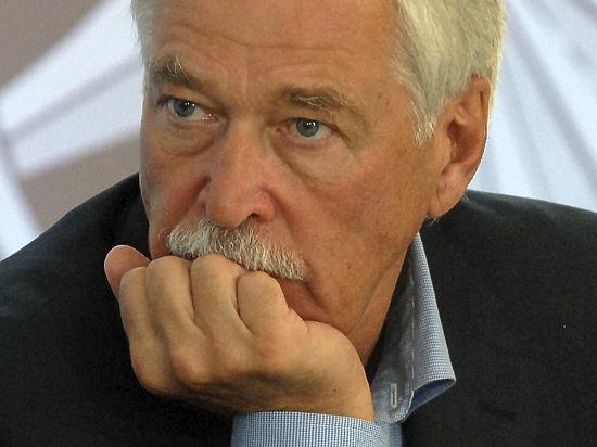 Украинские националисты обвинили Грызлова в попытке свержения Порошенко