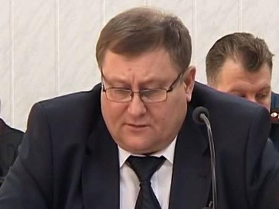 Арестованный глава ФСИН Коми таскал подчиненных за волосы
