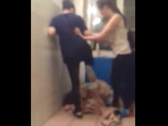 В Ульяновском общежитии студенты сняли видео расправы с девушкой-сиротой