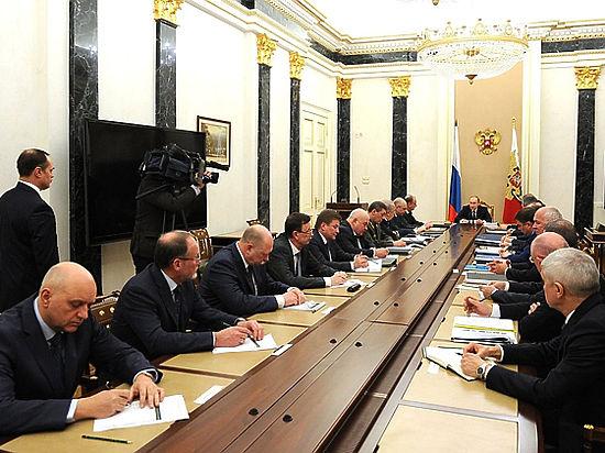 Путин предупредил о «сдвижении вправо» расходов на  оборонку