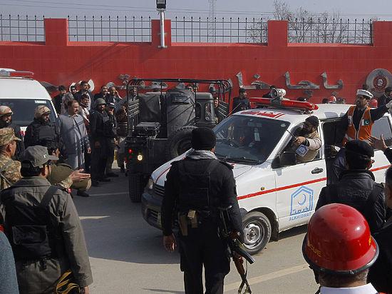 Пакистанские талибы перебили 25 человек в университете Чарсадды