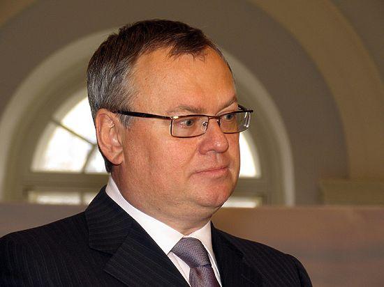 Глава ВТБ рассказал, какого курса доллара россияне больше не увидят