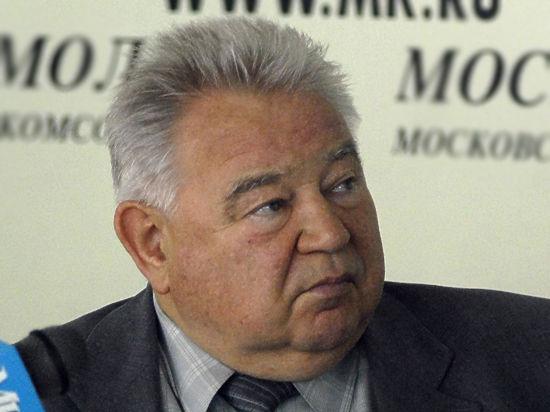 84-летний космонавт Георгий Гречко экстренно доставлен в ЦКБ