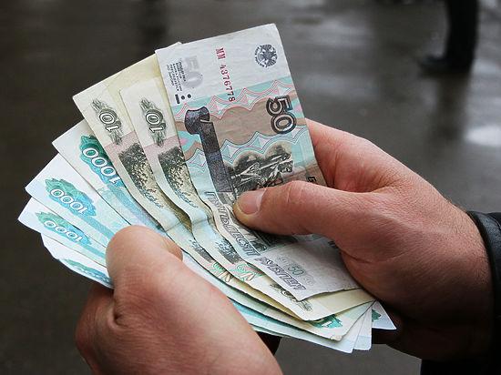 Прошлогодние ошибки: россияне скупают бытовую технику на фоне обвала рубля