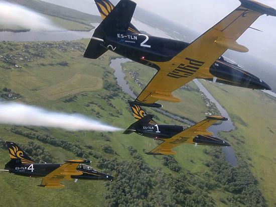 У пилотажной группы «Русь» отбирают самолеты, пользуясь сердюковской директивой